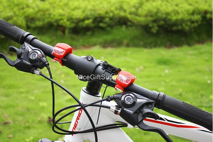 Wholesale Bicycle Frog Taillights / Mountain Bike Road Bike Silicone Light  Beetle Lights / Riding Frog Lamp